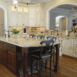 Traditional Style Kitchen Cabinets - Sunrise Kitchens
